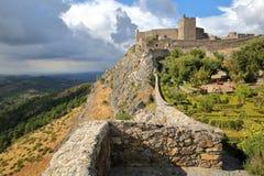 MARVAO, PORTUGAL: As paredes e o castelo medieval fotografia de stock royalty free