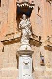 Mary και άγαλμα του Ιησού, Mdina Στοκ Φωτογραφία