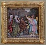 Mary Magdalene und Frauen am leeren Grab von Jesus am Tag der Auferstehung Stockbilder
