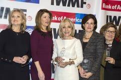 Mary McFadden, ` de Norah O Donnell, Andrea Mitchell, Lisa Caputo, et Deborah Amos Images stock