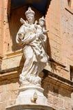 Mary och Jesus staty, Mdina Royaltyfria Bilder