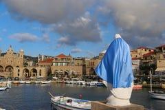 Mary Protecting Port av Batroun, Libanon arkivbild