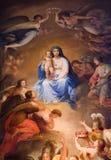 Mary santamente no céu de Viena Imagem de Stock