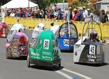 Maryborough ospita una prova di 24 ore in cui istruisce intorno alla corsa dell'Australia dai loro veicoli umani ed ibrido a forz immagini stock