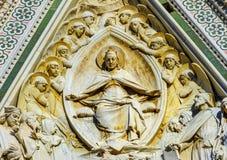 Maryjnej rzeźby statuy Fasadowy Duomo Katedralny Florencja Włochy Zdjęcie Royalty Free