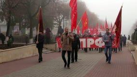 Marzo comunista in Orël stock footage