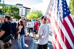 Marzo contro Racsim Tucson Immagini Stock Libere da Diritti
