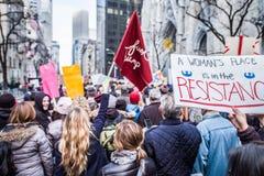 Marzo de 2017 para mujer NYC Fotografía de archivo libre de regalías