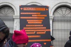 Marzo dei diritti delle donne a Zurigo Fotografie Stock Libere da Diritti