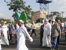 Marzo dei musulmani in vie di Nairobi Immagine Stock
