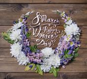 8 marzo Giorno felice dei women's! Carta con la struttura floreale Immagine Stock