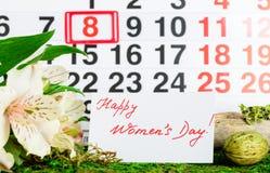 8 marzo giorno internazionale del ` s delle donne sul calendario Immagine Stock Libera da Diritti