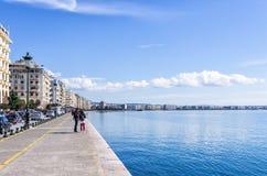 11 marzo 2016 - il lungomare di Salonicco, Grecia, un giorno soleggiato Fotografie Stock Libere da Diritti