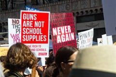 Marzo para nuestra marcha del ` s del movimiento de las vidas en Los Ángeles céntrico Fotografía de archivo
