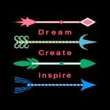 Marzy, tworzy, inspiruje, pojęcie inspiraci wycena Motywacyjnych słów Kolorowe plemienne strzała ustawiać Obrazy Royalty Free
