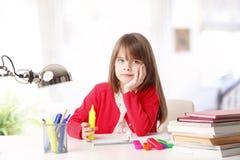 Marzycielki mała dziewczynka Obrazy Royalty Free