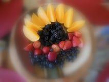 Marzycielski owoc talerz zdjęcie royalty free