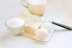 Masło, jajka, cukier i mąka, zdjęcia royalty free