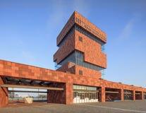 Mas Museum, arquitectura icónica en el centro de ciudad de Amberes, Bélgica Imágenes de archivo libres de regalías