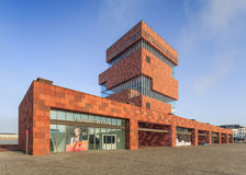 Mas Museum, arquitectura icónica en el centro de ciudad de Amberes, Bélgica Imagen de archivo libre de regalías