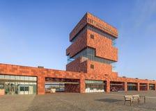 Mas Museum, arquitectura icónica en el centro de ciudad de Amberes, Bélgica Foto de archivo libre de regalías