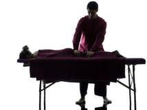 Masaż tylna terapia obraz royalty free