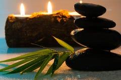 Masażu czerni i wyposażenia kamienie obraz royalty free