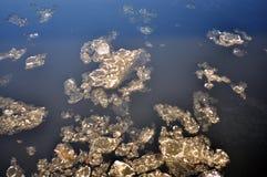 Masa de hielo flotante Foto de archivo libre de regalías