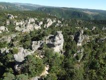 Masa de rocas en el Parc de loisirs de Montpellier-le-Vieux Foto de archivo libre de regalías