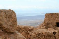 Masada - старое городище, крепость пустыни Herod в пустыне Judean, взгляде мертвого моря, Израиля стоковое изображение rf