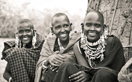 Masai com ornamento tradicionais, Tanzânia fotos de stock royalty free