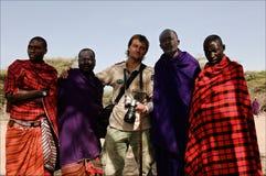 Masai con el fotógrafo. fotografía de archivo libre de regalías