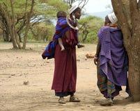 Masai kobiety z dzieckiem Zdjęcia Royalty Free