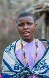 MASAI MARA, KENIA - septiembre, 23: Mujer joven del Masai en Septembe Foto de archivo libre de regalías