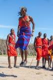 MASAI MARA, KENJA, AFRYKA FEB 12 Masai wojownicy Obrazy Royalty Free