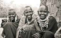 Masai med traditionella prydnader, Tanzania royaltyfria foton