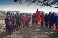 Masai sautant Image libre de droits