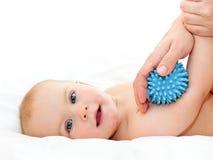 Masaje del bebé Imágenes de archivo libres de regalías
