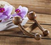 Masaje del cuerpo para el cuerpo que rejuvenece y detoxing Imágenes de archivo libres de regalías