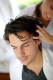 Masaje del pelo Imágenes de archivo libres de regalías