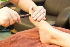 Masaje del pie de Reflexology Fotos de archivo