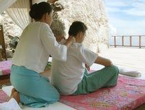 Masaje tailandés Foto de archivo libre de regalías