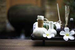 Masaje y tratamiento en la madera, Tailandia del balneario, Fotografía de archivo libre de regalías
