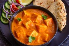 Masala y roti indios de la mantequilla de Paneer del comida-Punjabi imagen de archivo