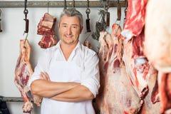 Masarki pozyci ręki Krzyżować W Butchery Zdjęcie Royalty Free