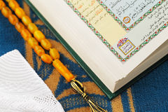 The Masbaha, also known as Tasbih with the Quran Royalty Free Stock Photos