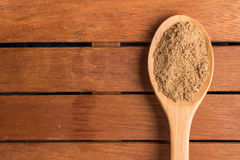 Mascavo brown sugar into a spoon Stock Images