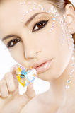 Maschera della donna bella con il cuore del diamante Fotografie Stock Libere da Diritti