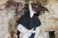 Maschera e vestito medici medievali Fotografia Stock