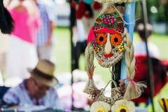 Maschera fatta a mano dagli artigiani popolari immagini stock libere da diritti